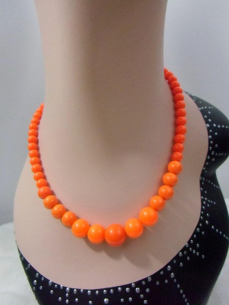Collier vintage en plastique orange et blanc ancien stock d/'usine