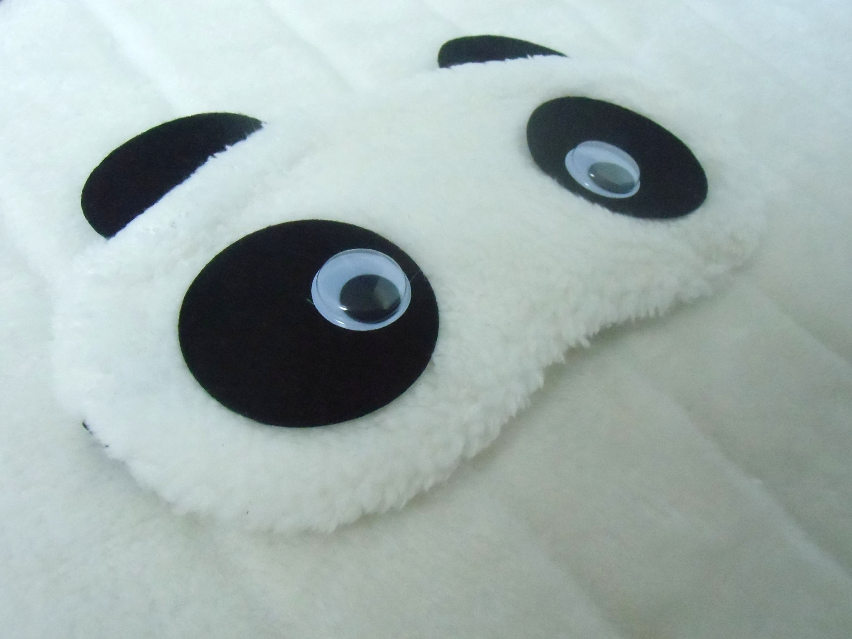 masque de sommeil t te de panda yeux mobiles. Black Bedroom Furniture Sets. Home Design Ideas