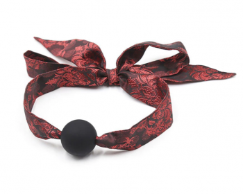 baillon-boule-rouge-noir-satin-2