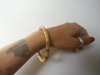 "Bracelet en bambou ""Pin-up tiki circle"""
