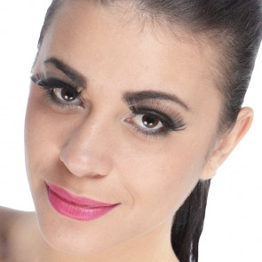 Faux-cils noirs ultra longs impressionnant pin-up