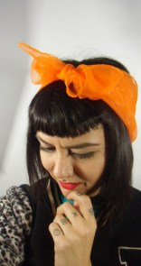 Foulard à cheveux transparent orange pour pinup
