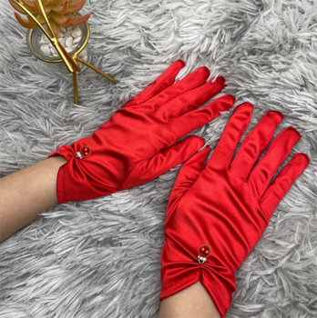 gants-courts-satines-rouges-perle-bijou