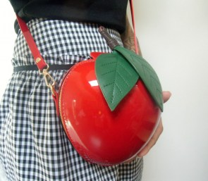 Sac à main forme pomme rouge original pin-up
