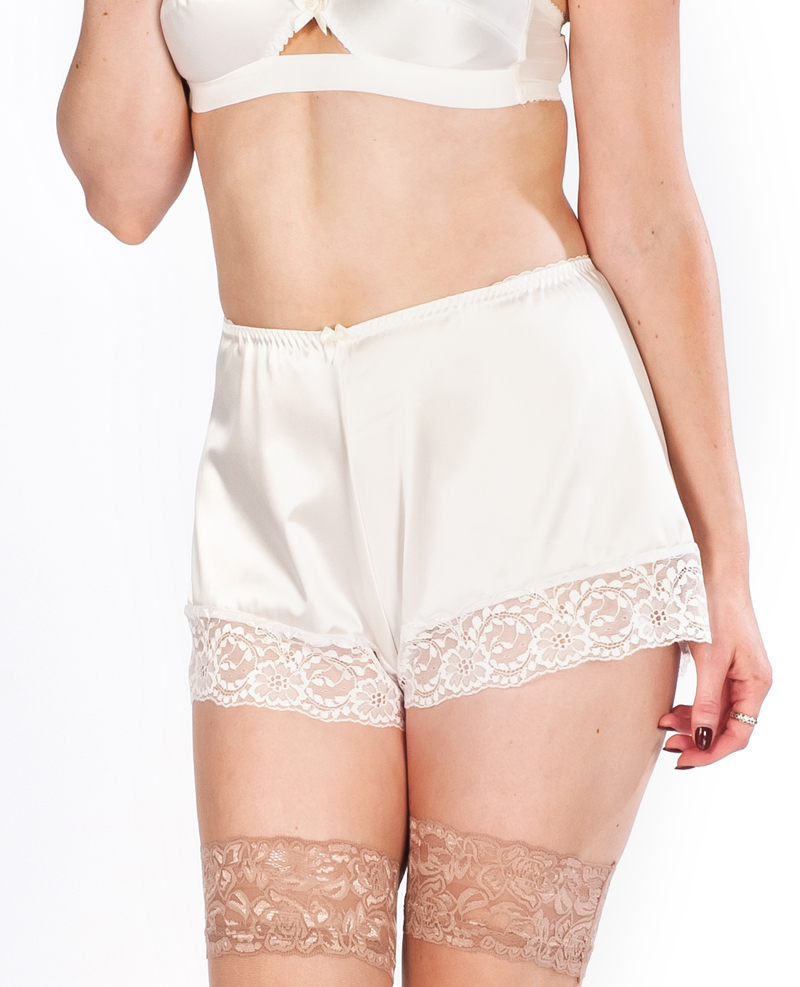 "Shorty rétro blanc satiné ""White real French knicker"""