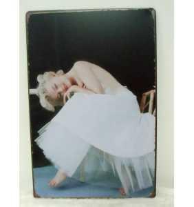"Plaque murale en métal Marilyn Monroe ""Petticoat sexy"""